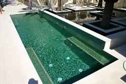 mozaic verde piscina